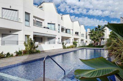 Duplex de 3 habitaciones en Torrevieja, Alicante (Villa Amalia ECO)